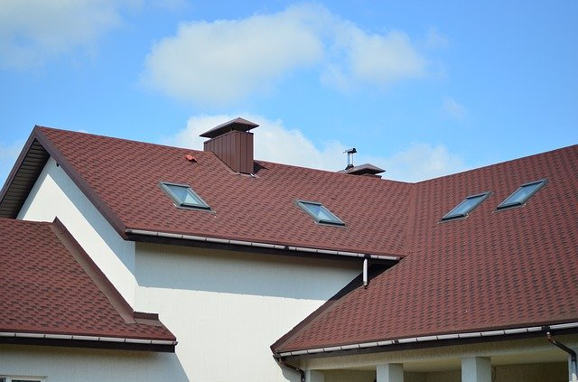 Picture of a Reno roofing re-roof on a house